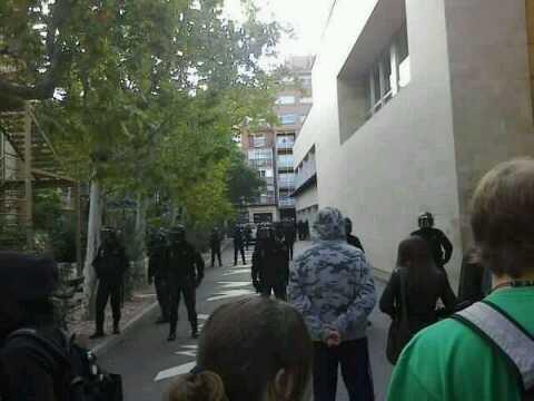 antidisturbios-huelgaeducación