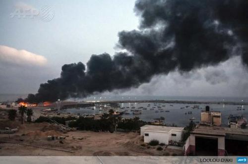 Planta eléctrica de Gaza bombardeada por Israel