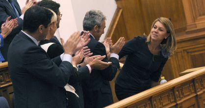 cospedal.aplauso. P-Herrera (EFE)