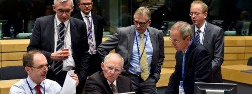 Eurogrupo con Wolfgang Schaeuble, ministro alemán de finanzas en el centro