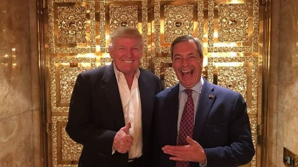 donald-eeuu-farage-ukip-nigelfarage_ediima20161115_0647_19